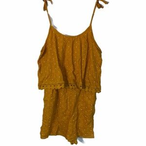 AERIE YELLOW FLORAL ROMPER SIZE LARGE